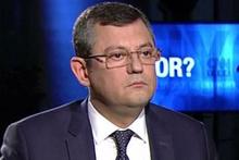 CHP'li Özel'den Arda Turan ve Rıdvan Dilmen'e eleştiri