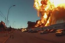 Patlamanın etkisi şoke etti! Olana bakın