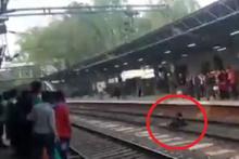 Kadının üzerinden tren geçti! Herkes donup kaldı