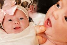Ağzında dişleriyle doğan bebek herkesi şoke etti!