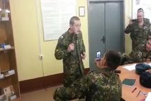 Kendine elektrik veren Rus askeri