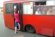 Bu otobüs, metrobüsü solda sıfır bıraktı! Öyle doldu ki...