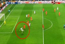 Cenk Tosun'un Benfica'ya attığı gol, en iyi gol seçildi