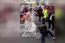 Damadı zincirle nikaha götürdü