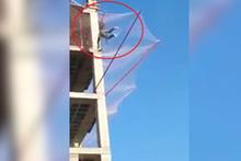 Güvenlik filesini test etmen için metrelerce yüksekten atladı