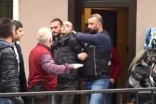 Onur Özbizerdik polis ekiplerine böyle direndi!