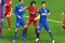 Kulüp rakibinin ayağına basan futbolcuya asgari ücret ödeyecek