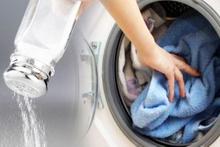 Çamaşır makinesine tuz dökün bakın neler olacak