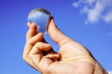 Yenilebilir su balonu