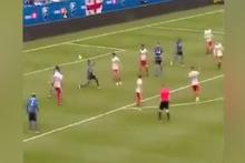 Son saniyelerde topukla gelen gol seyirciyi büyüledi