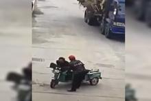 Eşiyle ilişkisi olan adamı sokak ortasında öldürdü