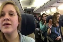 Rötar yapan uçağın içinde öyle bir şey yaptılar ki
