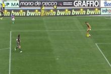 Geri pası tutamayan Milan kalecisi takımını yaktı