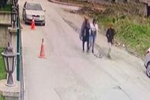 Hırsızlar güvenlik kamerasıyla yakayı ele verdi...