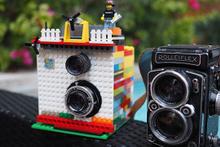 Legodan fotoğraf makinesi yaptı