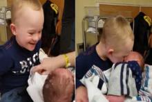 Down sendromlu çocuğun, yeni doğan kardeşiyle ilk buluşması!