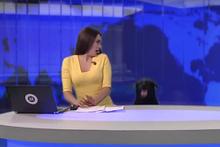 Rus spikerin canlı yayında yaşadığı köpek paniği!
