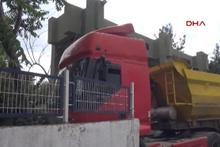 Bonzai içip kullandığı kamyonla dehşet saçtı
