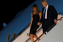 Donald Trump Melania'nın elini bu sefer tuttu