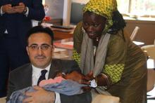 THY uçağında doğan bebeğe bakın şimdi Türkiye'de