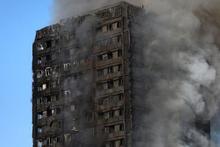Londra'da yanan binanın içinden ilk görüntüler dehşet!