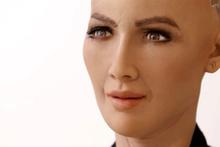 Robot demeye bin şahit lazım!