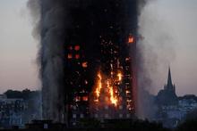 Londra'da 800 daire tahliye ediliyor