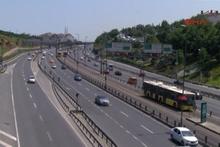 İstanbul'da alışılmadık görüntüler tatilciler gitti, yollar boş kaldı