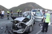 Erzincan'da feci trafik kazası: 5 ölü