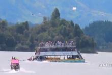 Kolombiya'da 150 turistin bulunduğu tekne battı