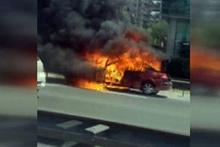 TEM'in ortasın otomobil alev alev yandı