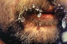 28 günlük 'Ölüm Yürüyüşü' bıyıkları bile donmuştu!