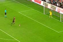 Göztepe taraftarı penaltılarda tekbir getirdi