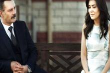 ATV, Kanatsız Kuşlar dizisinin adını 'Kanatsız Karılar' yazarak skandal hataya imza attı