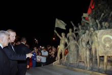 Erdoğan ve Yıldırım'dan sürpriz ziyaret