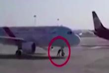 Uçağı tek başına durdurdu