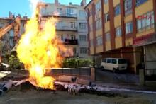 Ankara'da doğalgaz borusu patladı, alevler 10 metre yükseğe ulaştı