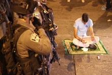 İsrail güvenik güçleri cemaate saldırdı