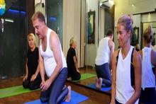 Faik Öztürk'ün yoga ile imtihanı!