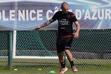 Galatasaray'dan ayrılan Sneijder'den harika gol