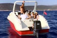 Sürat teknesiyle Kos a kaçan 15 Suriyeli yakalandı