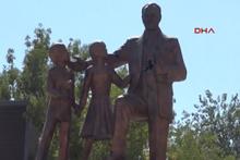Diyarbakır'da Atatürk Anıtına çirkin saldırı