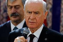 14 yıllık özel kalemi MHP'den istifa etti