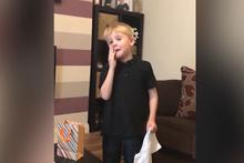 Kardeşi olacağını öğrenen çocuğun duygusal anları