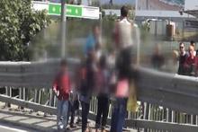 Suriyeli çocukların tehlikeli hareketleri
