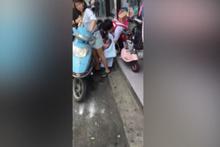 Motosikletin üzerinde doğum yapan kadın sosyal medyayı salladı!