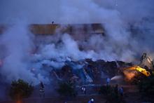 Korkutan yangın her yeri sardı, itfaiyeciler zor anlar yaşadı!