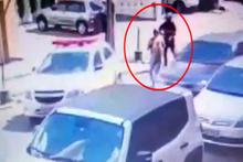 Kız arkadaşını sokak ortasında böyle vurdu