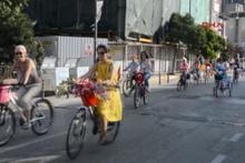 'Süslü Kadınlar' Bandırma'da pedal çevirdi