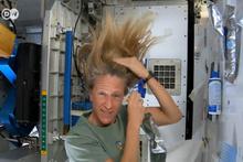 Uzayda saç nasıl yıkanır? Bunu görmeniz lazım